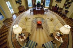 Barrack Obama US Presidents New Oval Office - Millions of people tuned in last night as President Obama addressed the nation. Now no one was able to get a good sure look, but the Oval Office recently received a complete makeover.