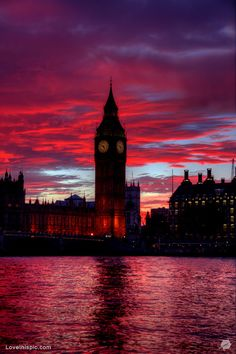 Red sunset over Big Ben, London