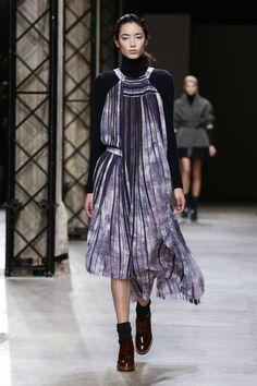 Léonard Ready To Wear Fall Winter 2015 Paris