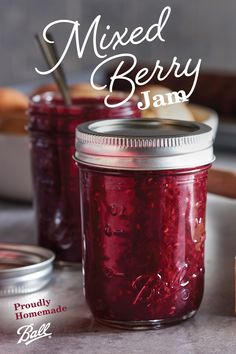 Mix and match your favorite berries to create your own unique version of Ball®'s Mixed Berry Jam recipe. Jelly Recipes, Jam Recipes, Canning Recipes, Recipe Mix, Balls Recipe, Ball Canning Recipe, Homemade Jelly, Jam And Jelly, Mixed Berries