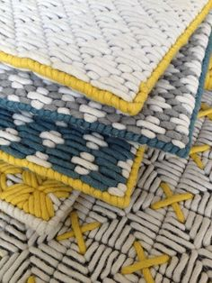 Wool woven on plastic lattice creates a hand-stitched look- whoever wrote this its plastic canvas Plastic Lattice, Tapis Design, Fabric Rug, Weaving Textiles, Fabric Manipulation, Rug Making, Plastic Canvas, Hand Stitching, Rugs On Carpet