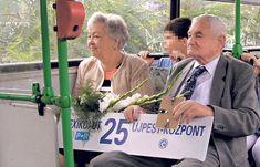 A Kormány tegnapi ülésén megszavazta a 65. életévét be nem töltött nyugdíjasoknak járó utazási kedvezmény kibővítését, miszerint jóformán ...