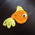 Fish appliques and seaweed appliques are very easy to make even for beginners - here is a free crochet pattern!