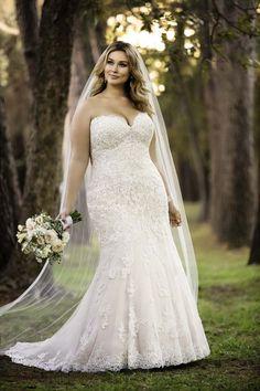 Plus Size Wedding Gowns - Stella York Style 6379
