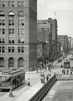 Washington, D.C., circa 1908. F Street, looking toward Treasury.