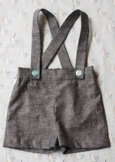 Sewing Patterns Free Baby Boy Shorts Tutorial Ideas - Everything For Babies Boys Sewing Patterns, Baby Clothes Patterns, Sewing For Kids, Free Sewing, Sewing Ideas, Kids Patterns, Sewing Tips, Pattern Sewing, Cloth Patterns