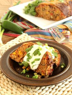 The best meatloaf recipe with the volume turned up! Southwestern Turkey Meatloaf is packed with flavor, easy and healthy. The perfect family dinner! Good Meatloaf Recipe, Best Meatloaf, Turkey Meatloaf, Meatloaf Recipes, Gourmet Recipes, Cooking Recipes, Healthy Recipes, Betty Crocker, Turkey Recipes
