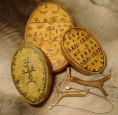 shaman-drum Early Middle Ages, Medicine Bag, Arctic Circle, Viking Age, Anglo Saxon, Folk Music, Dark Ages, Tattoo Studio, Fancy