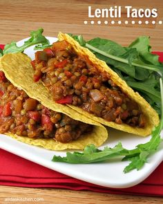 Since is in two days, why not celebrate with some lentil tacos? Who doesn't love lentils and tacos? Veggie Recipes, Mexican Food Recipes, Whole Food Recipes, Vegetarian Recipes, Cooking Recipes, Healthy Recipes, Sushi Recipes, Spinach Recipes, Healthy Lentil Recipes