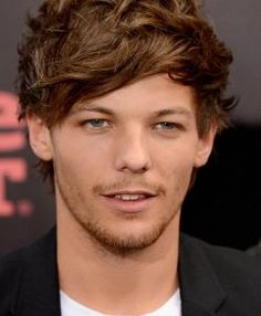 Louis Tomlinson, do One Direction, responde indireta de Justin Bieber #Band, #JustinBieber, #LouisTomlinson, #Mundo, #OneDirection, #Sucesso, #Vídeo http://popzone.tv/louis-tomlinson-do-one-direction-responde-indireta-de-justin-bieber/