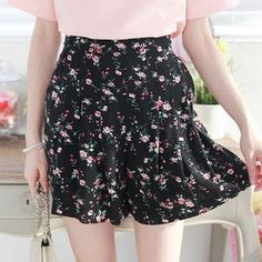 Buy Tokyo Fashion Floral Skort at YesStyle.com! Quality products at remarkable prices. FREE WORLDWIDE SHIPPING on orders over US$35.