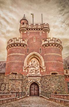 Gaasbeek Castle, Lennik, Belgium by Andrei Robu - RoSonic.photos on 500px