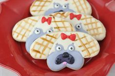 Make a dog cookie using heart cookie cutter