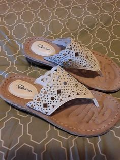 14740855f021 I LOVE COMFORT WHITE WEDGE SANDALS - 8B - NWOB  fashion  clothing  shoes