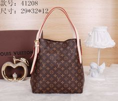 LV Monogram Canvas 41208 These will retail for $126 and can be found at www.tofadkickz.cn Whatsapp:+86 18250528609