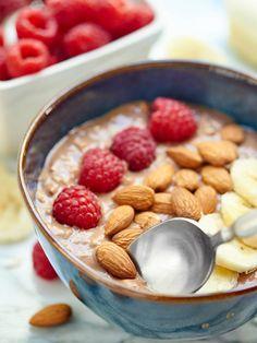 Chocolate Peanut Butter Jelly Overnight Oats - #dan330 http://livedan330.com/2015/07/04/chocolate-pb-jelly-overnight-oats/