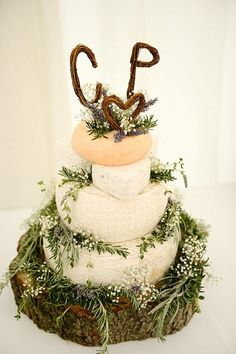 Stunning Rustic Cheese Wheel Wedding Cake
