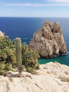 Cabo San Lucas, Baja California Sur, Mexico. Photo by Kevin Russ #aritziacleanslate