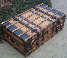antique pirate furniture.  pretty kewl