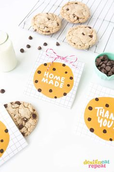 Cute printable for chocolate chip cookie favor bags, and a link to a best cookie recipe