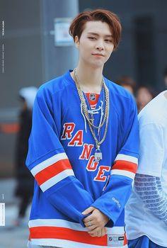 NCT 127 TaeIl Johnny TaeYong Yuta DoYoung JaeHyun WinWin Mark HaeChan