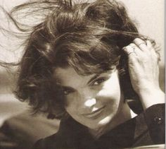 one of my favorite pictures of Jackie Kennedy what a beautiful face......