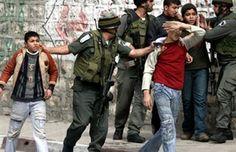القوات الإسرائيلية تعتقل طفلين بالقدس المحتلة http://khazn.com/%d8%a7%d9%84%d9%82%d9%88%d8%a7%d8%aa-%d8%a7%d9%84%d8%a5%d8%b3%d8%b1%d8%a7%d8%a6%d9%8a%d9%84%d9%8a%d8%a9-%d8%aa%d8%b9%d8%aa%d9%82%d9%84-%d8%b7%d9%81%d9%84%d9%8a%d9%86-%d8%a8%d8%a7%d9%84%d9%82%d8%af/