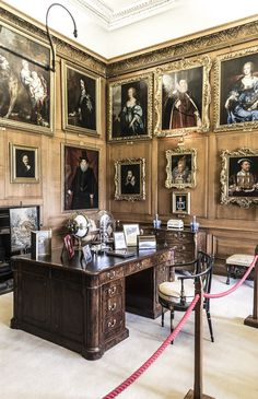 Burghley House, near Stamford, Lincolnshire, England. Paintings. Casa Burghley 30