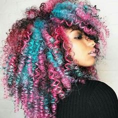 Would you rock this hairstyle? Yes or No These colors look great together  Please feel free to tag #afrohair #teamnatural #haircolor #afrogerman #naturalhair #ghana #naturalhaircare #twa #protectivehairstyle #afro #fro #naturalhairjunkie #nappy #teamtwa #4chairchicks #hairtip #hamburg #naturalhaircommunity #naturalhairdocare #frolicious #curlyhairbeauties #naturalhairdaily #froliciousbeauty #hairstyle #karneval #africaninspired #fashionblog #naturalhairblog