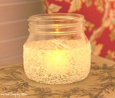 DIY Salt Votives…Adding Warmth And Sparkle To Your Home! A great idea, and with some food coloring added to the salt, you can make different colors! Candle Jars, Mason Jars, Flickering Candle, Glass Jars, Candle Holders, Diy Shops, Theme Noel, Christmas Centerpieces, Centerpiece Ideas