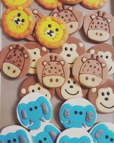 Jungle animal Baby shower cookies www.Carinaedolce.com #carinaedolce  www.facebook.com/carinaedolce