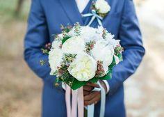 Bridal Bouquet #destinationwedding #Cleopatraweddings #kefalonia #bridalbouquet #details Wedding Coordinator, Cleopatra, Destination Wedding, Table Decorations, Bridal, Bouquets, Greece, Weddings, Home Decor