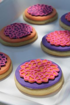 Fondant topped cookies