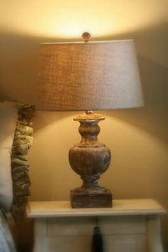 Lamps from Drab to Fab: Give new (plain) lamps a touch of antiquity (and charm) with these great chalk-paint tips. www.cedarhillfarmhouse.com