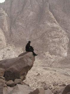 Дођи и види: СЛОВО О ЧУДЕСНОМ ПОСРЕДОВАЊУ ПРОМИСЛА БОЖИЈЕГ И СВЕМОЋНЕ ДЕСНИЦЕ ВИШЊЕГ 5 Mount Rushmore, Places To Visit, Mountains, Nature, Travel, Painting, Naturaleza, Viajes, Painting Art