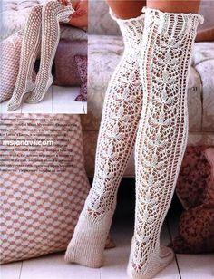Crochet Over Knee Socks Crochet Boots, Crochet Slippers, Crochet Clothes, Diy Clothes, Knit Crochet, Knit Lace, Knitting Projects, Crochet Projects, Knitting Patterns