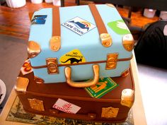 2-tier 3D Suitcases shaped Wedding cake by Charly's Bakery, via Flickr