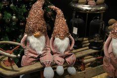 #christmastrends #christmasdeco #troll #christmasdolls #homedeco #diyhome #othmardecorations
