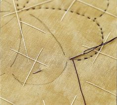 Hand Quilting Basics Hand quilting results in dashed lines of stitches and a quilt with a soft look. Methods of hand quilting vary as much as quilters do. Quilting For Beginners, Quilting Tips, Quilting Tutorials, Machine Quilting, Quilting Projects, Quilting Rulers, Hand Quilting Patterns, Free Motion Quilting, Tatting Patterns