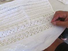 Vó Donazinha: RENDA TURCA-SABARÁ (Projeto Cidadão) Drawn Thread, Thread Work, Ribbon Work, Embroidery Techniques, Doilies, Needlepoint, Hand Embroidery, Hand Sewing, Stitch Patterns