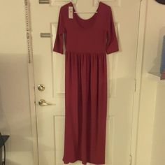 Red maxi dress size small Red maxi dress size small new with tag Dresses Maxi