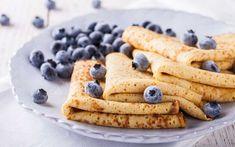 Pannekaker er raskt å lage og kan spises til både middag, kveld og til frokost - se vår oppskrift på en god pannekakerøre og lag de beste pannekakene! Waffles, Pancakes, Crepe Cake, Mille Crepe, Crepes, Breakfast, Ethnic Recipes, Dutch, Dessert
