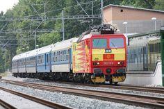 Česká pojištovna Prague, Four Square, Train, Zug, Strollers
