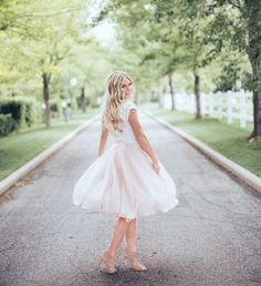 Tiffany tulle skirt by Bliss Tulle // Model: Courtney Housley // Lorena Rosser Photography Full Skirt Dress, Full Skirts, Pink Lace, Blush Pink, Ballet Inspired Fashion, Pink Tulle Skirt, Special Occasion Outfits, Sweet Style, Skirt Fashion