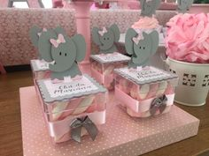 Add these elephants to any container or bag Distintivos Baby Shower, Baby Girl Shower Themes, Girl Baby Shower Decorations, Baby Shower Princess, Baby Shower Centerpieces, Baby Decor, Baby Shower Gifts, Elephant Party, Elephant Theme