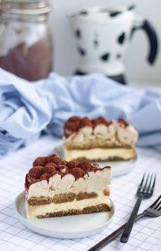 Tiramisu cheesecake – Máslová brioška Tiramisu Cheesecake, Apple Custard, Brownie Cake, Brownie Recipes, Cheesecakes, Beautiful Cakes, Sweets, Coffee, Ethnic Recipes