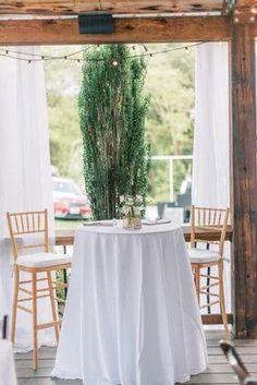 two person tables make the most intimate reception! #wedding #weddingvibes #weddingday #receoption #fairytale
