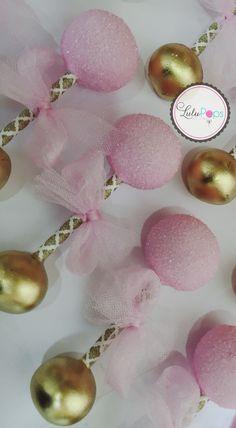 Baby Rattle Cake Pops - Girl  www.facebook.com/lulupopsbylina