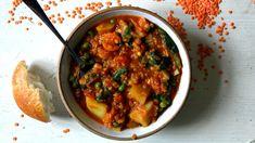 Červená čočka na 100 způsobů   SvačinkyProAnču.cz Healthy Cooking, Quinoa, Curry, Food And Drink, Yummy Food, Vegan, Baking, Ethnic Recipes, Food Ideas
