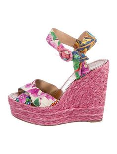 e9da9652c10 519 best Shoes  Bags images on Pinterest in 2019